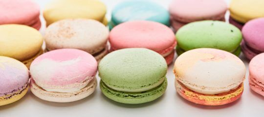 Mu;ticolored macaron cookies